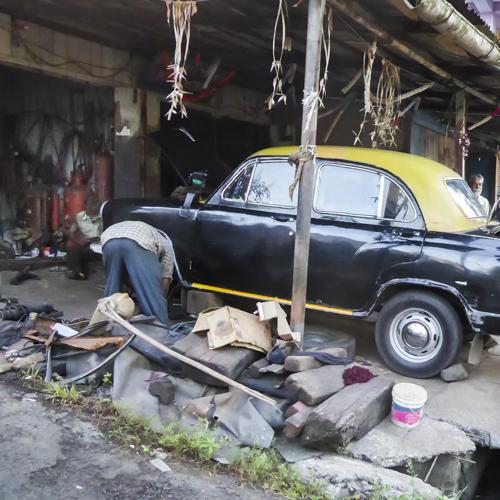 Reparatie aan een oude auto