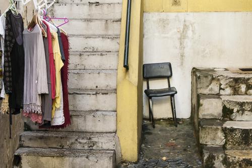 Stoel om de straat te observeren? Lissabon